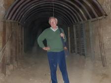 Robert Fisk, a világ leghíresebb riportere a helyszínről: nem volt gáztámadás Szíriában