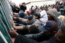 A görögök már nem bírnak a bevándorlókkal, nemzetközi segítséget kérnek – VIDEÓ