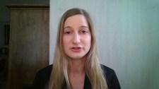 Lili Bayer már nem Budapestről, hanem Brüsszelből tudósít
