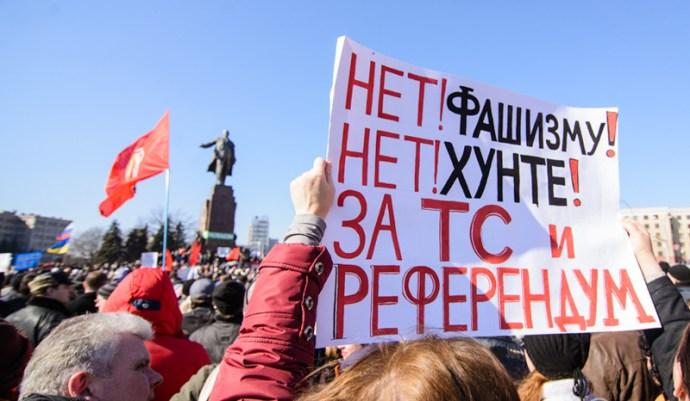 Az orosz külügyminisztérium fel van háborodva a harkovi tüntetésen történt lövöldözés miatt