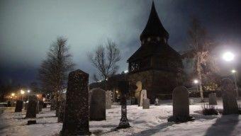 Korlátozza Isten megnevezését a svéd egyház