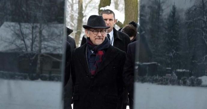 Steven Spielberg szerint hamarosan újabb holokauszt következik