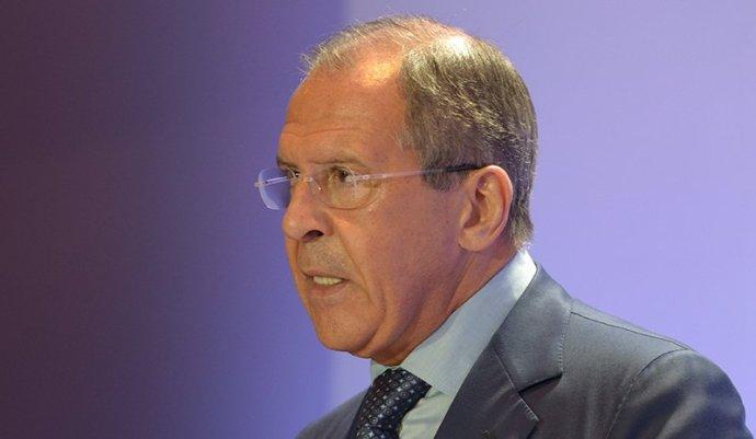 Lavrov: minél előbb be kell szüntetni a katonai akciót Délkelet-Ukrajnában