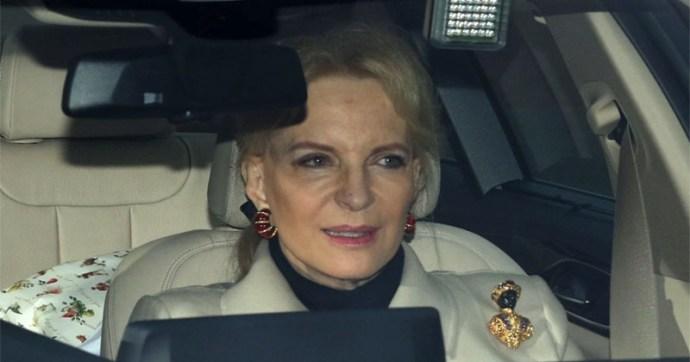 Rasszista melltűben vonult be a Buckingham-palotába az SS-tiszt lánya