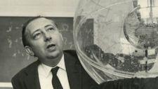 Már huszonévesen tudományos bestsellert írt a tér-idő szimmetriák elemzéséről Wigner Jenő