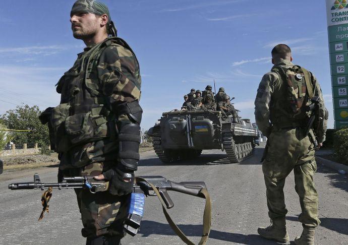 """Kijev: """"békefenntartóknak"""" nevezik magukat az orosz katonák"""