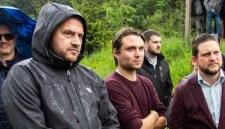 Az úzvölgyi sírgyalázók helyett az élőlánc szervezőit büntette meg a csendőrség