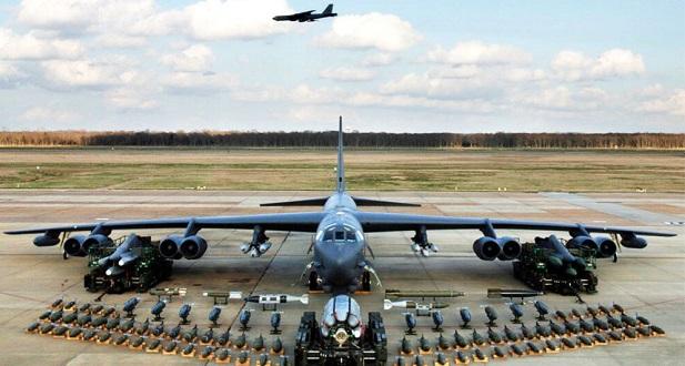 Miközben pártoskodunk, amerikai stratégiai bombázók érkeztek Európába