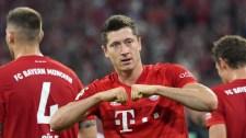 Fociban is leomlott a berlini fal, szuperrangadót nyert a Bayern