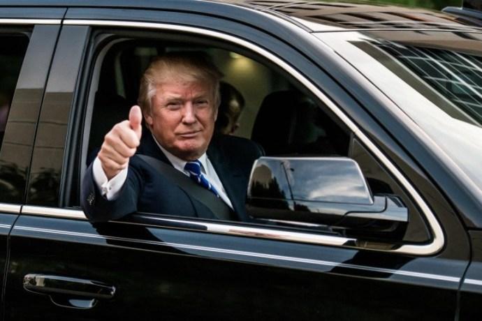 """Trumpnak nem tetszik, hogy """"a Fifth Avenue-n minden ház előtt Mercedesek állnak"""""""