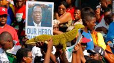 Tömegmészárlás köthető hozzá, de demokráciát ígér az új zimbabwei elnök