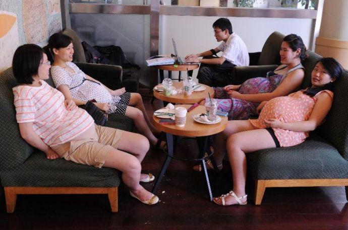 Megrohamozták a kórházakat a várandós nők