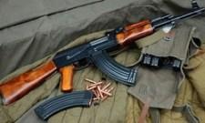 Nem jogi védelem kell a betolakodó kontinensfoglalók ellen, hanem lőszer…