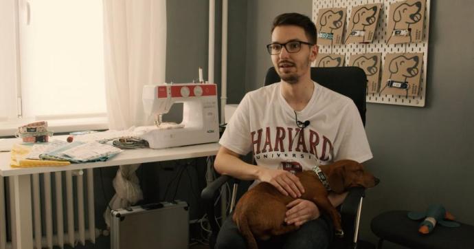 Bodnár Kevin és a Happy-dogs, vagyis a Boldog kutyáktörténete