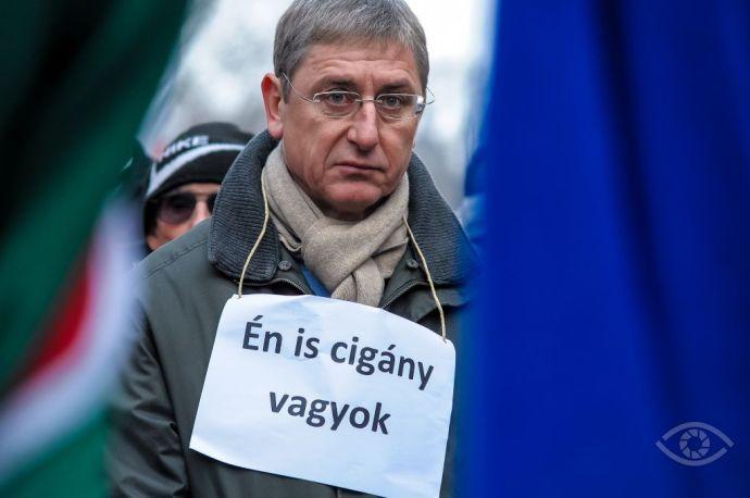 Új fokozatra kapcsol a DK-s gyűlöletkampány: aláírást gyűjtenek a külhoni magyarok szavazati jogtól való megfosztásáért