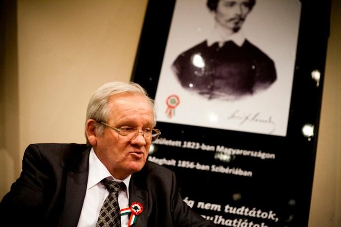 Morvai Ferenc: Magyar Bálint azt mondta, menjek a picsába Petőfivel. És Orbánt s