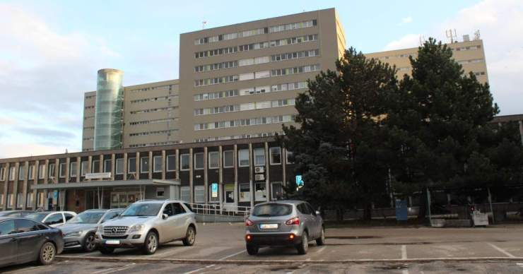 Tilos a látogatás a galántai kórházban