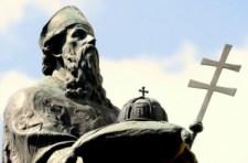 A kalocsai főszékesegyház felújítása közben megtalálták Asztrik érsek relikviáit
