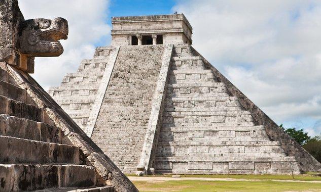 Föld alatti folyót találtak egy maja piramis alatt