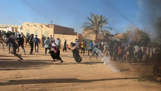 Káoszba fulladhat Szudán
