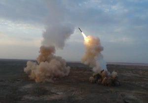 1800 kilométerre lévő célpontot semmisítettek meg az új iráni rakéták (videó)