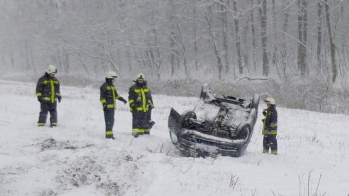 A havazás miatt megbénult a fél ország