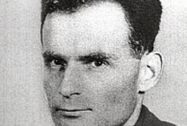 Napi holokauszt: európai elfogatóparancsot adtak ki a lengyelek a Svédország védelmét élvező zsidó vérbíró ellen
