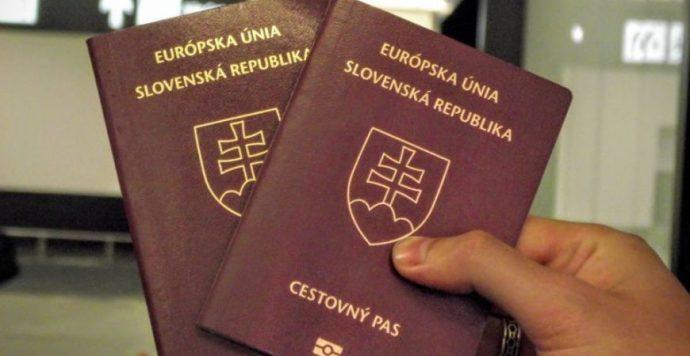 Ellentörvény: már 3324 személy vesztette el szlovák állampolgárságát
