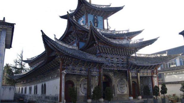 15 éven belül a legnagyobb keresztény országgá válhat Kína