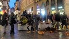 Szenegáliak verték szét Firenze belvárosát