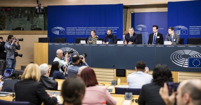 Orbán döntött Európáról? Nem fogadja a néppárti bölcseket