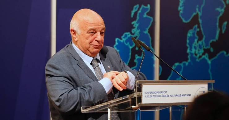 Lemondott az Antall József Tudásközpont több vezetője, köztük Nógrádi György is