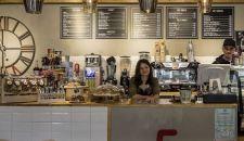 Bukarestben kinyitnak az éttermek, bárok, kávézók, színházak
