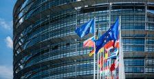 Az EP boszorkányüldözése a pénzről szól, nem a jogállamiságról (Körkép-elemzés)