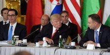 Amerikai támogatással veheti át az irányítást Közép-Kelet-Európa