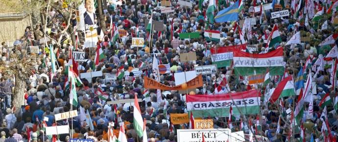 Már a békemenetesek is a Jobbikhoz húznak