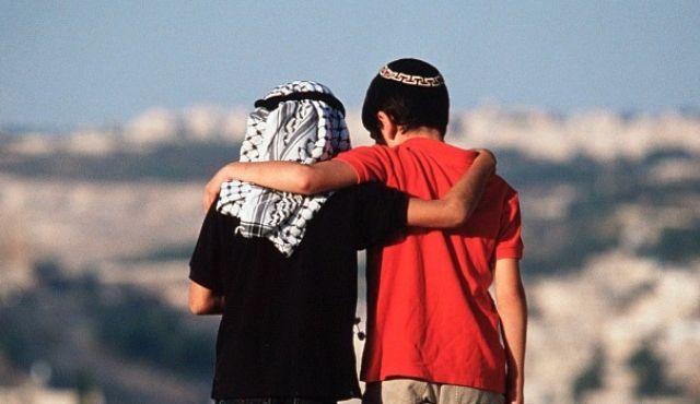 Egy világhírű fényképükről beismerték a zsidók, hogy hamisítvány – néhány évszázad, és a többiről is kiderül