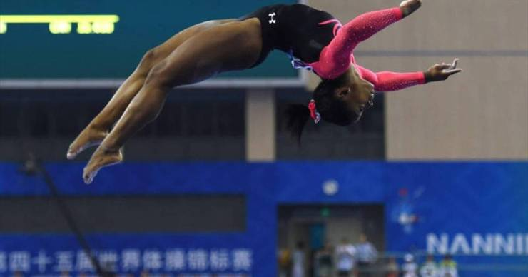 Az olimpiai bajnok tornász inkább szállodában fog lakni