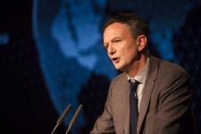 Az EB megvizsgálja a koronavírus elleni védekezésről szóló magyar törvényt