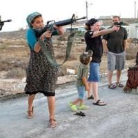 Össztűz zúdult az illegális izraeli telepesekre