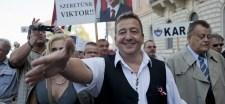 Morvai a Fidesz lapjában jelentette be, hogy támogatja a békemenetelést