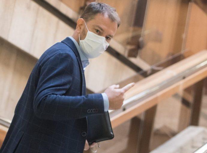 Matovič: kétezer egészségügyi dolgozóra lesz szükség az országos teszteléshez