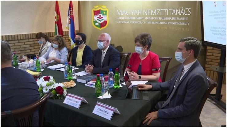 Nemzeti tanácsi és minisztériumi együttműködés az oktatás és művelődés területén
