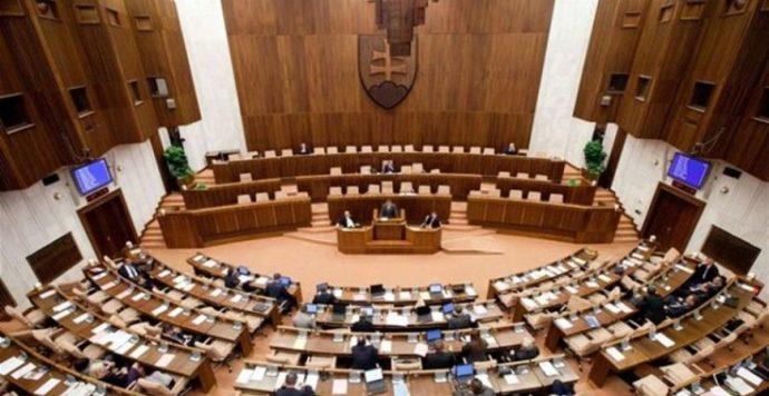 Focus-felmérés: Parlamenten kívül az MKP és a Most-Híd, az SaS a bukás szélén áll