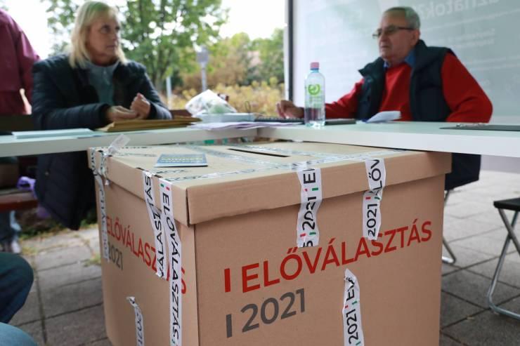 Előválasztás: a ma esti tévévitáról és rekord számú részvételről számolt be az OEVB