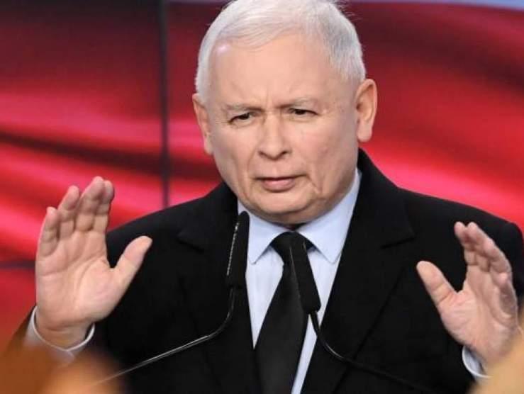 Kaczynski cáfolja, hogy Lengyelország elhagyná az Európai Uniót