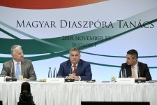 Orbán Viktor: véget ért a száz év magyar magány