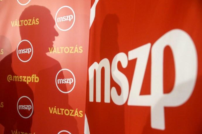 Az MSZP hátat fordít a parlamentnek, a Jobbik és az LMP értetlenül áll