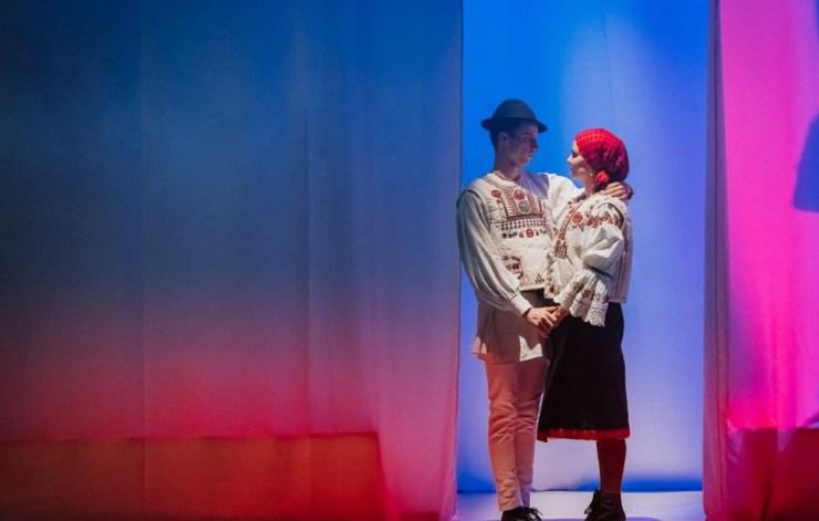Keresztúton – néptáncszínházi előadás a bukovinai székelyek kálváriájáról