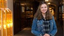 Németország: a spicli diáklányt kitüntetik spicliskedéséért